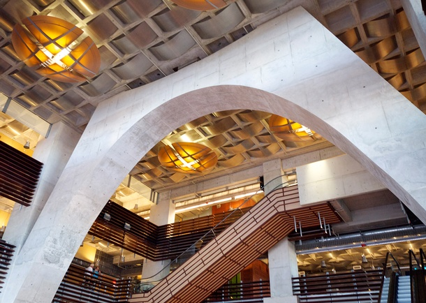 San Diego Central Library gravity arch showing exposed architectural concrete. Photo courtesy of Gary Krueger