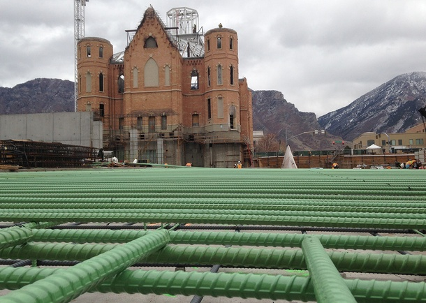 Epoxy-coated reinforcing steel (rebar) in mat footing. Photo courtesy of Reaveley Engineers + Associates, Salt Lake City, UT